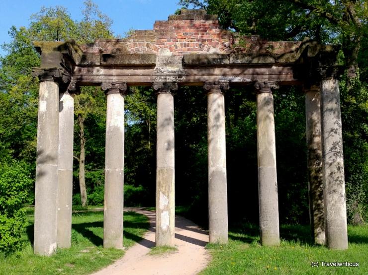 Seven pillars in Dessau-Roßlau