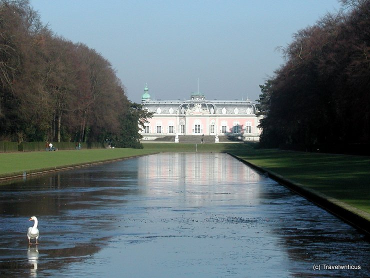 The rear of Benrath Palace