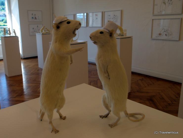 Exhibition with works by Deborah Sengl at Forum Kunst contemporary in Millstatt, Austria