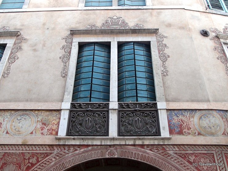 Stylish shutters in Udine, Italy