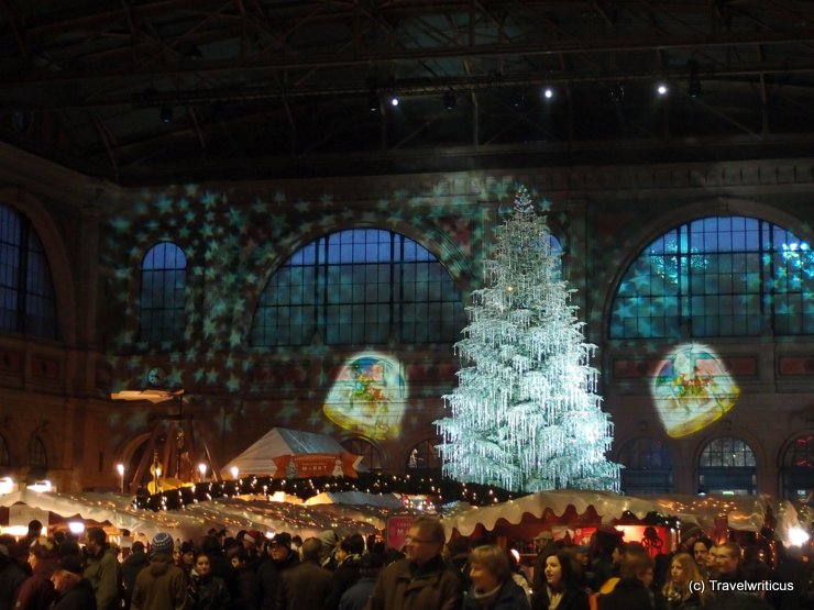 Christmas market at Zurich Central Station